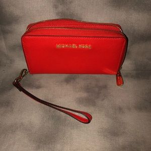 Authentic Michael Kors Leather Continental Wallet